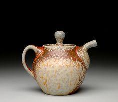 Louis  Reilly: Teapot