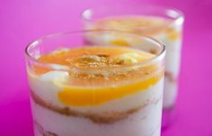 This Portuguese cream from heaven (natas do céu) is very popular and makes an absolutely amazing dessert. Portuguese Flan Recipe, Portuguese Desserts, Portuguese Rice, Great Desserts, Delicious Desserts, Yummy Food, Healthy Food, Lime Pudding Recipes, Recipes From Heaven