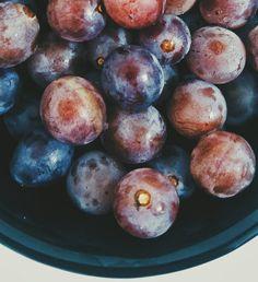 Fazia tempo que não comia uva . E não sei vocês mas a niagara é a minha favorita. Me lembra muito o natal também. Vocês gostam de uva qual?