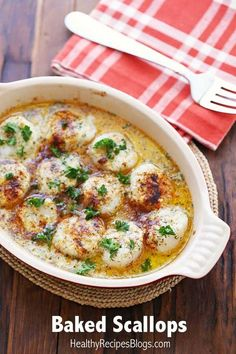 easy recipe for baked scallops with a wonderful sauce of butter lemon and Parmesan.An easy recipe for baked scallops with a wonderful sauce of butter lemon and Parmesan. Healthy Food Blogs, Healthy Recipes, Cooking Recipes, Bariatric Recipes, Pureed Recipes, Pureed Food, Bariatric Eating, Cooking Icon, Cooking Dishes