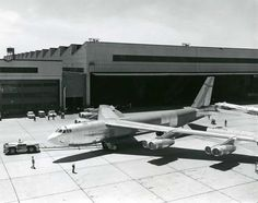 June last of 744 bombers, was rolled out at the Boeing Military Airplane Company plant in Wichita USAF contracted 62 Stratofortresses on 6 May A second group of 40 were ordered later. All were built at Boeing Wichita plant. B52 Bomber, B 52h, B 52 Stratofortress, Strategic Air Command, Us Military Aircraft, Old Planes, Aviation Image, Airplane Art, E Mc2