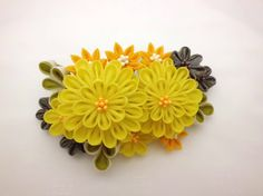 ★ Lively Yellow ★ Sharing for Nidya Sari - Colorful Flower bouquet hair comb - yellow, orange, green - tsumami kanzashi bridal hair comb headpiece OOAK https://www.facebook.com/maiko.sucich/posts/483103531827981