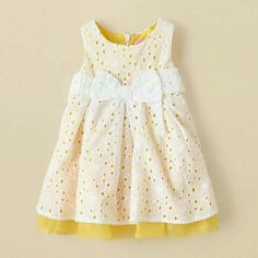 Baby clothes should be selected according to what? How to wash baby clothes? What should be considered when choosing baby clothes in shopping? Baby clothes should be selected according to … Frocks For Girls, Kids Frocks, Outfits Niños, Kids Outfits, Little Girl Fashion, Fashion Kids, Eyelet Dress, Little Girl Dresses, My Baby Girl