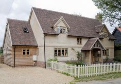 Farmhouse cottage exterior dreams Ideas for 2019 Cottage Extension, Porch Extension, Side Extension, Extension Ideas, Rendered Houses, Border Oak, Oak Framed Buildings, Oak Frame House, House Extensions