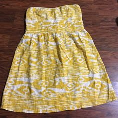 CHARLOTTE RUSSE Yellow Ikat print strapless dress Darling dress from CHARLOTTE RUSSE! Strapless dress with slight sweetheart neckline. Subtle yellow ikat print. Lined bodice. Fabric feels like a soft linen. Cute pleating around the top of the skirt. Worn once for an hour Charlotte Russe Dresses Strapless