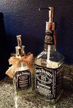 DIY Jack Daniels Soap Dispenser - 18 Creative DIY Ideas That Revive Old Objects (Liquor Bottle Dispenser) Alcohol Bottles, Bottles And Jars, Glass Bottles, Empty Liquor Bottles, Tequila Bottles, Jack Daniels Soap Dispenser, Jack Daniels Bottle, Jack Daniels Decor, Do It Yourself Furniture