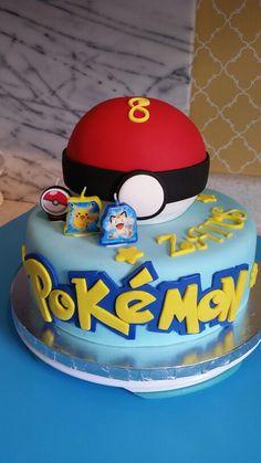 Pokémon piñata cake