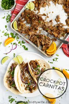This delicious Crockpot Carnitas Recipe comes together fast using pork butt, spices, onion, orange, & beer. It's better than what you get at a restaurant! Crockpot Carnitas Recipes, Pork Carnitas Recipe, Pork Tenderloin Recipes, Crockpot Dishes, Pork Recipes, Cooker Recipes, Mexican Food Recipes, Pork Dishes, Mexican Dishes