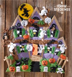 Haunted House Felt Applique Bucilla Wall Hanging Kit