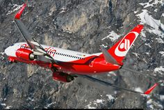 Boeing 737-7K5 aircraft picture