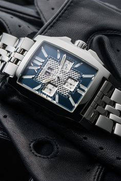 As impressive as its namesake, the Breitling Bentley Flying B Chronograph (Ref. A44365) is just as sporty and luxurious. A rectangular stainless steel case accommodates an automatically wound chronograph with a panoramic date at 12 o'clock, and broad baton indices that leave no doubt about the time. With its five-link steel bracelet, this luxury watch could sit on your wrist in a very short time. Dream Watches, Luxury Watches, Breitling Bentley, Stuttgart Germany, Breitling Watches, Pre Owned Watches, Stainless Steel Case, Chronograph, Clock