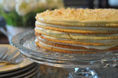 Mennonite Girls Can Cook: Napoleon Cake (Blaettertorte) - Trend Napoleon Cake Recipe 2020 Cake Recipes At Home, Dessert Recipes, Gourmet Recipes, Sweet Recipes, Napoleons Recipe, Napoleon Cake, Torte Cake, Def Not, International Recipes