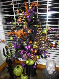 Halloween Tree. I really want one of these!
