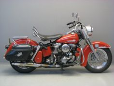 Starting to look like the Harley we know and love ...     Harley Davidson 1962 Duo Glide 1200 cc 2 cyl ohv