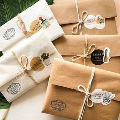 Cute Packaging, Jewelry Packaging, Packaging Design, Diy Gift Box, Diy Gifts, Pochette Diy, Pen Pal Letters, Gift Wraping, Mocca