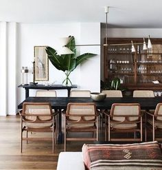 7 Wealthy ideas: Dining Furniture Makeover How To Paint dining furniture.Dining Furniture Ideas Modern dining furniture makeover how to paint.Contemporary Dining Furniture Home. Design Living Room, Dining Room Design, Dining Room Inspiration, Home Decor Inspiration, Decor Ideas, Room Ideas, Design Inspiration, Decorating Ideas, Home Interior