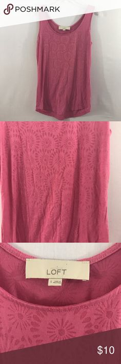 LOFT Pink Sleeveless Top Size Small Ann Taylor LOFT Women's Top Tank, Cami Size Small Pink Sleeveless Floral 55% rayon, 40% polyester, 5% spandex Bust 17 inches Length from top of shoulder to bottom hem 24 inches LOFT Tops Tank Tops