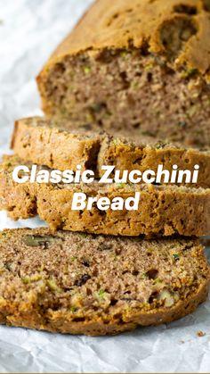 Zucchini Bread Recipes, Banana Bread Recipes, Healthy Zucchini Bread, Homemade Banana Bread, Easy Banana Bread, Quick Bread Recipes, Zucchini Banana Bread, Zuchinni Bread, Baking Recipes