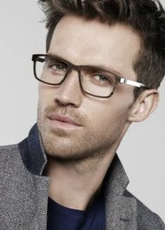 e6c1011a1c idk what it is about gorgeous men in glasses that i like so much ...