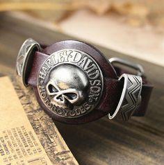 Men Bracelet Jewelry Cool Skull Wristband Bracelet for Women Punk Rock Genuine Leather Bracelets
