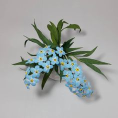 "56 aprecieri, 4 comentarii - Marianne (@marianneweddingdesign) pe Instagram: ""Forget-me-not  flowers  #flowers#paperflowers #creppaper #cartotecnicarossi #creative…"" My Flower, Flowers, Forget, Creative, Plants, Instagram, Plant, Royal Icing Flowers, Flower"