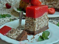 Sernik straciatella z musem truskawkowym – KuchniaMniam Krispie Treats, Rice Krispies, Dessert Recipes, Desserts, Sweets, Cheese, Cookies, Cake, Food