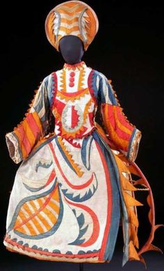 Costume design by Mikhail Larionov (Russian, Buffoon's Wife from The Tale of the Buffoon, Ballets Russes, London © Victoria and Albert Museum, London Theatre Costumes, Ballet Costumes, Dance Costumes, Fantasy Costumes, Léon Bakst, Mega Fashion, Russian Ballet, National Gallery Of Art, Victoria And Albert Museum