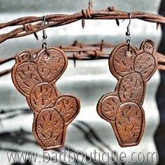 ***New Arrival*** Tooled Leather Prickly Cactus Earrings. $32 + 10% off with Discount Code APRIL10 <<These are Handmade Leather Earrings>> LINK IN BIO  TO PURCHASE!
