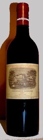 """01. Januar 2015 - Château Lafite-Rothschild: Lafite 1987, Pauillac, Bordeaux, Frankreich - Es gibt Weine, die tastet man nicht gerne an; sie bleiben im Keller legen, aus ganz unterschiedlichen Gründen. Zum Beispiel, weil es sich um einen """"schlechten"""" Jahrgang handelt oder weil das Preis-Leistungsverhältnis nicht (mehr) stimmt oder… Dieser Wein erfüllt gerade zwei dieser Kriterien."""