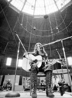 Bonnie Raitt, 1973