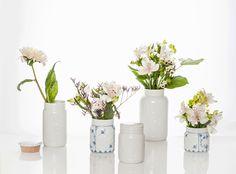 "Porsgrund's ""Norge"" porcelain jars as vases. Handpainted blue ""Strå"" pattern."