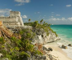 Exploring the Ruins of Tulum - Caribbean.Answers.com, #Mexico #Tulum #Caribbean