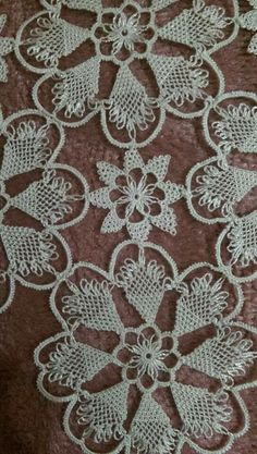 Teneriffe, Needle Lace, Needle And Thread, Point Lace, Crochet Tablecloth, Snowflake Pattern, Tatting Patterns, Table Toppers, Filet Crochet