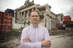 Science alumnus Mark Quigley is profiled in 'Meet the researchers' by the Earthquake Commission NZ. #uomalumni
