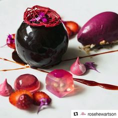 As an amateur home cook, I usually photograph my food with my Samsung phone. Two weeks ago, I had a chance to work with an amazing photographer, Rose @rosehewartson. Thank you Rose for this beautiful capture!  #Repost @rosehewartson with @repostapp ・・・ I usually photograph my own food so taking it up quite a few levels here to photograph the food of someone who is a home cook but, oh so ridiculously talented. How wonderful it was to connect with Chai from @lvin1stbite and photograph his…