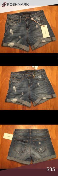 NWT Francesca's Harper Shorts NWT Cute Francesca's shorts Francesca's Collections Shorts Jean Shorts