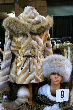Alaskan Fur's Beautiful Tablescape - 9/17/13  - #AlaskanFur #AFC #KansasCity #KC #Fashion #Fur #Charity #Fall #Winter #FallFashion #Jackets #Coats #Womenswear #Model #BTS #Designer #lookbook #beautiful #glamorous #glam #leather #cashmere #workit #Tablescapes2013 #Tablescapes #BOTAR #AmericanRoyal #TheAmericanRoyal