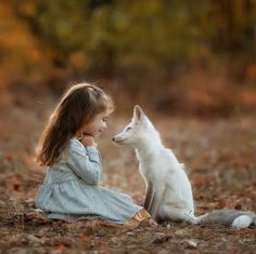 Top 20 Girls with Pet Fox Wallpapers Animals For Kids, Cute Baby Animals, Animals And Pets, Funny Animals, Fantasy Photography, Children Photography, Animal Photography, Beautiful Creatures, Animals Beautiful