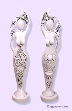 Pentacle Interlace Goddess Statue