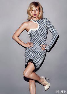 Revenge's Emily VanCamp this stella mccartney dress is sick on her!