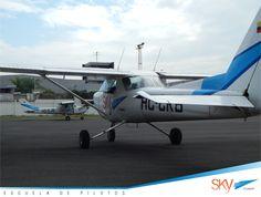 Excelente día para volar!!.  Últimos cupos  #Quito - ABRIL- #Guayaquil (cupos Llenos). Siguiente curso GYE - JULIO