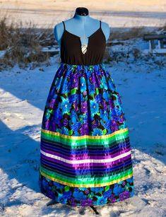 Bead Sewing, Sewing Diy, Vintage Woman, Vintage Ladies, Indigenous Education, Traditional Skirts, Native American Dress, Jingle Dress, Ribbon Skirts