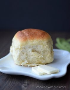 Soft, fluffy Dinner Rolls make every meal special | cookingwithcurls.com