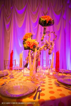 Very unique table centerpiece.  Love it!  Get your four complimentary tickets to one of our Luxury Bridal Events at www.bridalexpotickets.com