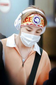 J-Hope ❤ BTS Arrival At Incheon Airport! (170414) #BTS #방탄소년단