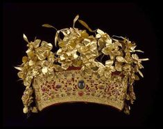 Indonesia ~ Royal Crown Singaraja, Bali, late 19th century, Indonesia. Gold, rubies, sapphires, diamonds; 6 x 10 1/4 x 8 inches. Gift of Alfred C. Glassell Jr. Museum of Fine Arts, Houston.