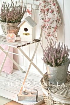 a-sprinkle-of-pretty:  homingscrapblog: (via Villa ✪ Vanilla: 'End of Summer' in der Diele)  via a-sprinkle-of-pre...