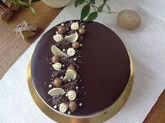 VÍKENDOVÉ PEČENÍ: Vanilkovo-čokoládový dort Creative Cake Decorating, Cake Decorating Techniques, Creative Cakes, Cupcakes, Cupcake Cakes, Cake Recipes, Dessert Recipes, Luxury Cake, Ganache Cake