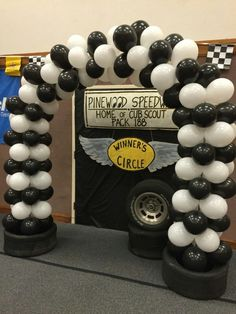 Cub Scout pinewood derby Winner's Circle and balloon arch
