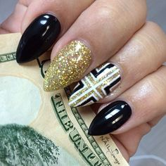 27 Incredible Black Nail Art Designs for Women and Girls – Trendy Nails, Cute Nails, Gold Stiletto Nails, Beautiful Nail Designs, Gorgeous Nails, Perfect Nails, Gel Nail Art, Nail Art Designs, Nails Design